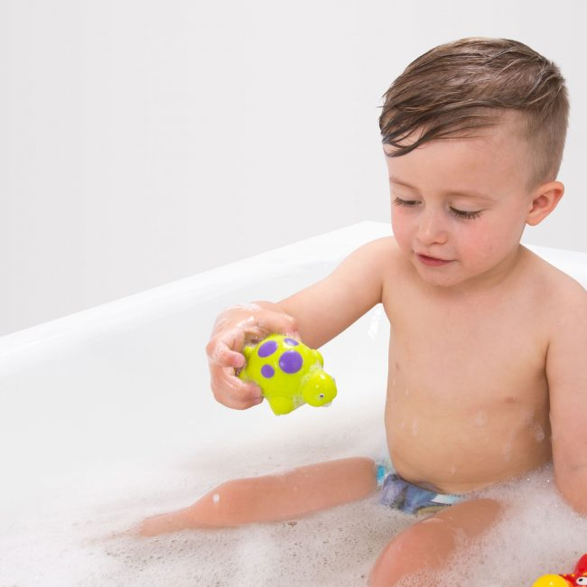 0187482-Floating-Friends-Bath-Fun-and-Storage-Set-T1-(RGB)